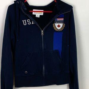 ⭐️Roots Canada USA Black Hoodie Size Medium EUC